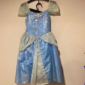 Disney Cinderella girl dress, size 5.